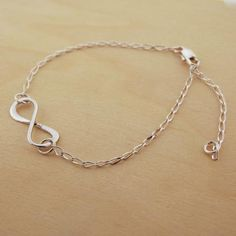 Dainty Infinity Loop Bracelet