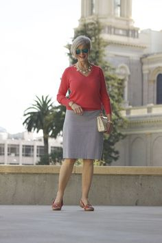 summer style in seersucker 60 Fashion, Mature Fashion, Over 50 Womens Fashion, Fall Fashion Outfits, Fashion Over 40, Spring Fashion, Fashion Trends, Fifties Fashion, Fashion Women