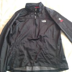 Women's North Face summit series windbreaker Fleece lined. medium. Used, but good condition. Warm and lightweight North Face Jackets & Coats