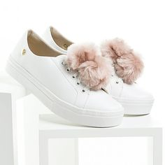 Tenis Branco com Pompom Rosa - it design