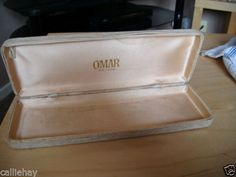 """Lined Box for Omar De Luxe Pearls 9"""" x 3.25"""" in fair condition for age Listing in the 1950s-1970s,Antique & Vintage,Jewellery & Watches Category on eBid United Kingdom"""