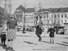 KinderaufdemNeumarkt, Neumarkt, 50667 Köln - Altstadt-Süd (1939)