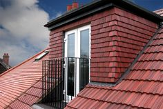 5 Energetic Clever Tips: Triangle Roofing Design green roofing pergola.Roofing Materials Eco Friendly roofing ideas for decks. Attic House, Attic Loft, Loft Room, Attic Ladder, Attic Playroom, Attic Library, Attic Office, Attic Stairs, Loft Conversion Gallery