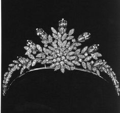 Farhanaz Tiara. Farahnaz Pahlavi (born 12 March 1963) is the eldest daughter of Mohammad Reza Pahlavi by his third wife, Farah Pahlavi.