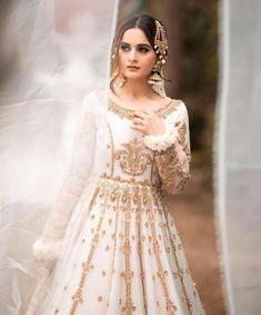 Aiman Khan Looks Absolutely Stunning In Bridal Photoshoot Black Bridal Dresses, Pakistani Wedding Outfits, Pakistani Bridal Dresses, Pakistani Wedding Dresses, Pakistani Dress Design, Dress Wedding, Wedding Bride, Fancy Dress Design, Bridal Dress Design