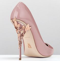 Ralph and Russo dusty pink wedding pumps with ornamental filigree leaves spiralling up the heel // Beautiful bridal shoes inspiration {Facebook and Instagram: The Wedding Scoop}