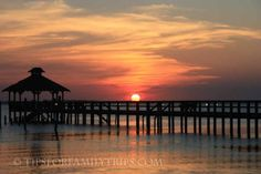 Tips for planning a family beach vacation to North Carolina's Outer Banks from Tips for Family Trips. #obx