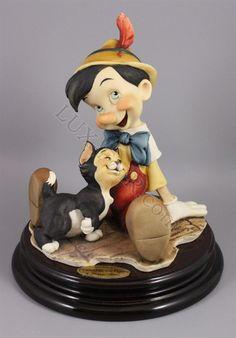 Giuseppe Armani Disney figurine 464C Pinocchio and Figaro