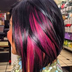 Love this #peekaboo color and #bob #hairstyle -