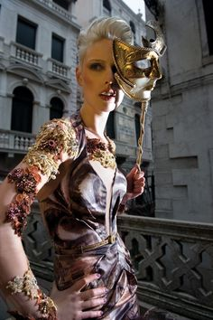 Eline ball masque-  Fernando Silva Winter 2011- venice - italy