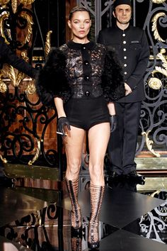 Kate Moss on the runway of Louis Vuitton