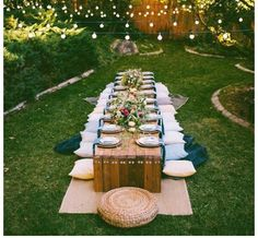 10 Tips to Throw a Boho Chic Outdoor Dinner Party. Dinner Ideas For Bachelorette Party Outdoor Dinner Parties, Outdoor Entertaining, Party Outdoor, Backyard Parties, Garden Parties, Backyard Birthday, Formal Dinner, Backyard Bbq, Outdoor Events