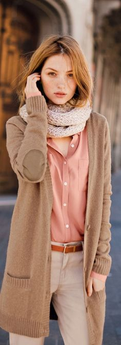 Fall Fashion Ideas For Women Over 40 (21)