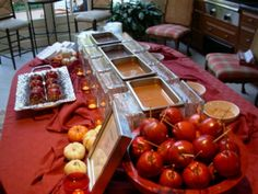 Great fall wedding idea, dip and decorate your own apple.....genius!  (amy)