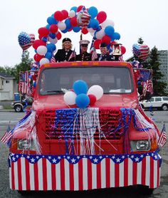 4th of july floats | 4th of July Parade Float with branches of the service reps