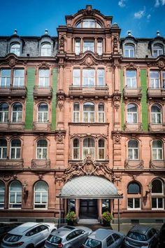 Year opened: 1905. Originally the Parkhotel Kaiserhof.