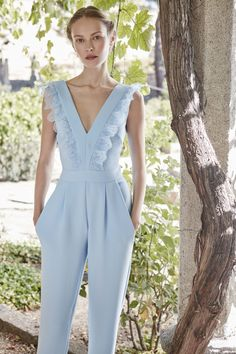 Ideas Dress Wedding Invitada Vestidos For 2019 Fashion Details, Fashion Tips, Fashion Design, Overall, Jumpsuits For Women, Dress To Impress, Designer Dresses, Ideias Fashion, Summer Outfits