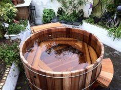 European Timber Tubs : the thickest wood hot tubs