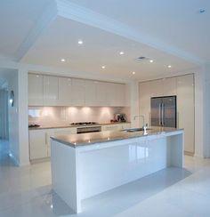 Kitchen Design Gallery, Kitchen Room Design, Luxury Kitchen Design, Kitchen Cabinet Design, Luxury Kitchens, Kitchen Layout, Home Decor Kitchen, Interior Design Kitchen, Fancy Kitchens