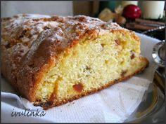 Máslo nebo tuk na pečení utřeme s moučkovým a vanilkovým cukrem, přidáme citronovou kůru a šťávu, vejce a utřeme do pěny, nasekané mandle, na...