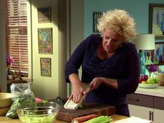 Anne Burrell Videos Videos : Food Network - FoodNetwork.com