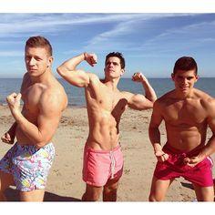 "@ninato's photo: ""November's beach day! ☀️ #sonatural """