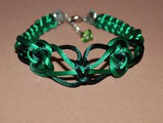 Ribbon grass and inc green bracelet macrame for by DaninaCrafts, €4.50