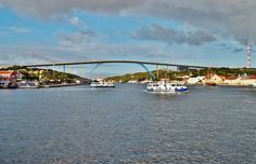 Queen Juliana Bridge - highest bridge in the Caribbean and one of the tallest in the world