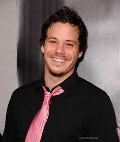 Michael Raymond... Hated him on True a Blood...Fell in love with him on ONCE UPON A TIME! <3