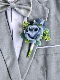 Blue Boutonniere, Groomsmen Boutonniere, Wedding Boutonniere, Sunflower Boutonniere, Boutonnieres, Bridesmaid Flowers, Wedding Flowers, Wedding Pins, Wedding Ideas