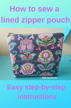 Sew your own zipper pouch using these easy step-by-step instructions. Sew your own zipper pouch using these easy step-by-step instructions. Sewing project for beginners. Zip Pouch Tutorial, Diy Pouch No Zipper, Zipper Bags, Clutch Tutorial, Diy Sewing Projects, Sewing Projects For Beginners, Sewing Tutorials, Bag Tutorials, Tutorial Sewing