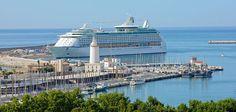 Порт крупных круизных линий в Малаге, Испания