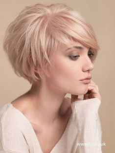 Short Hairstyles : Awesome Womens