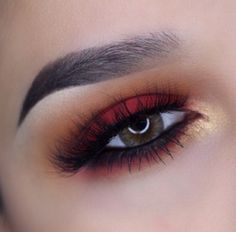 Red and gold makeup | ko-te.com by @evatornado