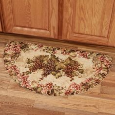Antique Grapes Kitchen Slice Mat by Tre Sorelle Wine Theme Kitchen, Grape Kitchen Decor, Kitchen Themes, Kitchen Ideas, Italian Kitchen Decor, French Kitchen, Kitchen Stuff, Large Rugs For Sale, Cheap Large Rugs
