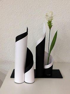 Ikebana Papier und Blume