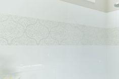Oversized Double Shower #doubleshower #double #shower #bench #texturedwall #tiles #doubleshowerhead #window #lighting #towel #plant #greenery #floorpattern #pitchedceiling #chandelier #glass #halfwall #arearug #vanity #storage #sink #decor #mirror #boarder #wood #baskets #whiteandbeige  #saralynnbrennan #interiors #saralynnbrennaninteriors #interiordesign #waxhaw #waxhawinteriordesign #charlotte #charlottedesign #charlotteinteriordesign #currentdesignsituation Double Shower Heads, Transitional Bathroom, Interior Decorating, Interior Design, Floor Patterns, Bathroom Layout, Bath Ideas, Master Bath, Nest Design