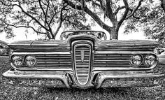 Edsel, Jay Leno says his dad thought that Edsels looked like a Hupmobile sucking on a lemon.