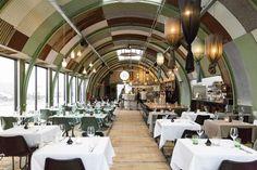 Restaurant Hangar in Noord is stoer en ruig met uitzicht op het IJ