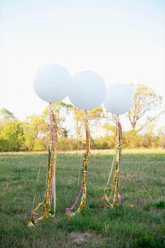 New Years Eve Streamer Balloons #holidayentertaining