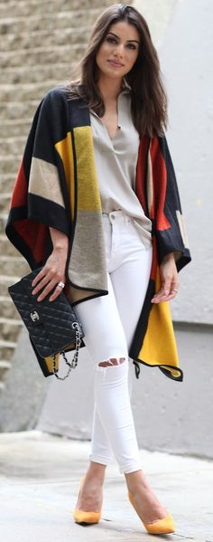 Camila Coelho Multi Poncho Fall Street Style Inspo - All About Fall Winter Outfits, Autumn Winter Fashion, Look Kim Kardashian, Poncho Outfit, Best Casual Outfits, Fashion Outfits, Womens Fashion, Fashion Trends, Daily Fashion
