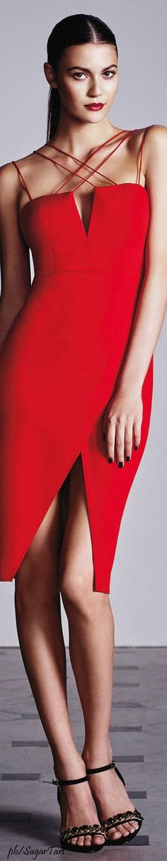 RORESS clothing ideas fashion red dress pinned by roressclothes Sexy Dresses, Beautiful Dresses, Evening Dresses, Short Dresses, Foto Fashion, Red Fashion, Mode Glamour, Little Red Dress, Lady In Red
