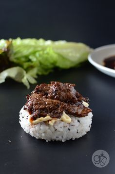 Teriyaki Flank Steak Sushi Burger-- wrap in lettuce with one rice patty for lunch Beef Sushi, Sushi Burger, Sushi Lunch, Sushi Sushi, Sushi Rolls, Sushi Recipes, Beef Recipes, Cooking Recipes, Rice Burger Recipe