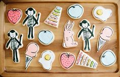 gorgeous illustrated cookies with baby's favorite things