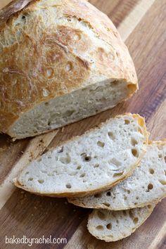 Easy homemade crusty no knead bread recipe from @bakedbyrachel