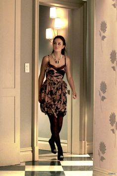 Blair Waldorf media gallery on Coolspotters. See photos, videos, and links of Blair Waldorf. Gossip Girls, Gossip Girl Blair, Mode Gossip Girl, Estilo Gossip Girl, Blair Waldorf Gossip Girl, Gossip Girl Outfits, Gossip Girl Fashion, Gossip Girl Season 4, Blair Waldorf Outfits