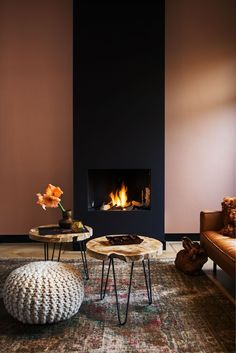 Best Traditional and Modern Fireplace Design Ideas Photos & Pictures - Interior Design Minimalist, Modern Interior, Interior Styling, Interior And Exterior, Copper Interior, Room Interior, Exterior Design, Home Fireplace, Modern Fireplace