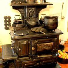 Looks like Mon's old coal stove....