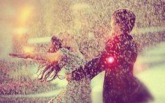 Me dá um abraço? - Você - CAPRICHO