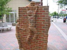 Скульптура из кирпича от Brad Spencer. (7 фото)